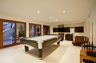 professional pool table moves in Seattle