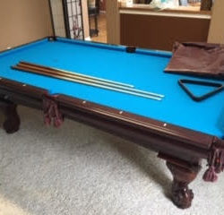 Beautifully maintained 8 foot American Heritage Camden with cherry finish