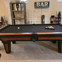GoldenWest Billards 8-foot table, excellent condition